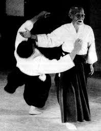 ניצל בעור שיניו ממונגוליה - מייסד האייקידו מסטר אואשיבה מוריהיי