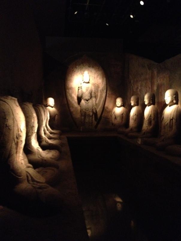 היכל תפילה משוחזר במקדש בודהיסטי, בירת הקיץ של הממלכה האויגורית