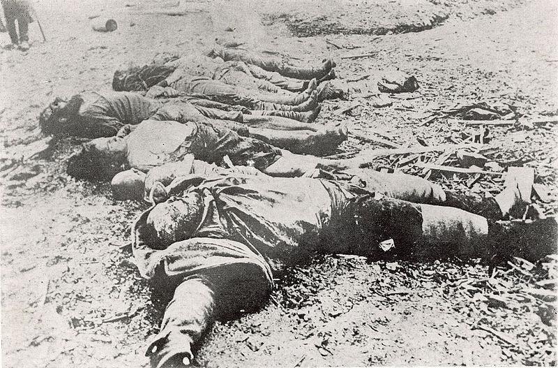 המפקד היפני מחה - נטבחים רוסים על גדת הנהר אמור
