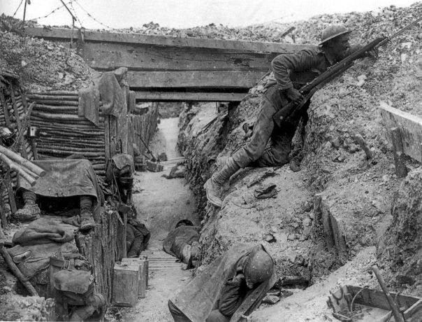 785px-Cheshire_Regiment_trench_Somme_1916