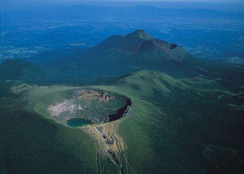 ארץ ערפילים ואש: הפארק הלאומי קירישימה