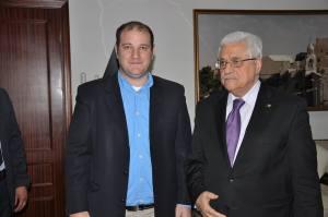 שיתוף פעולה ישיר: הכותב, לירן אופק, עם נשיא הרשות הפלסטינית אבו מאזן