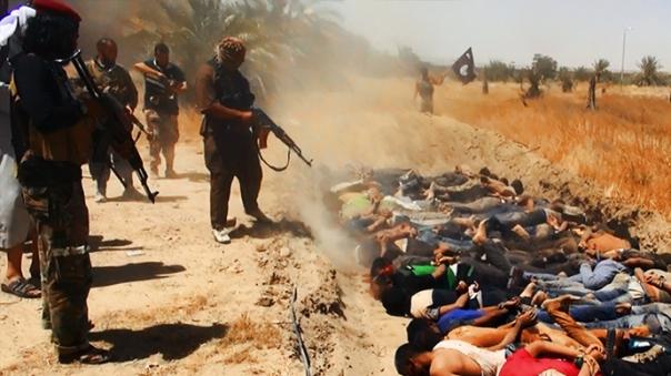 """גלים של אימה: אנשי דאע""""ש טובחים בשבויים"""
