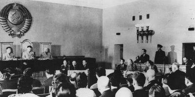 ניצול אומנותי של שנאה - משפט ראווה סטליניסטי