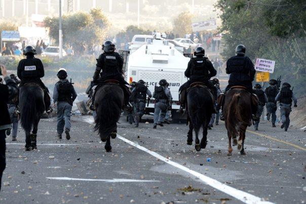 נכנסים רק כשיש מהומות - כוחות משטרה בכפר כנא
