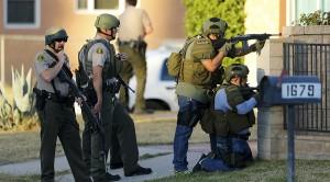 שוטרים באתר הפיגוע, סאן ברנרדינו