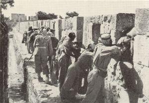 חריג בולט לטובה, ככל הנראה בהשפעה בריטית: חיילי הלגיון הערבי הירדני ב-1948